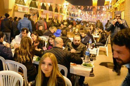 Adana'da Kebap-Şalgam Festivali saldırı olmasına rağmen devam etti