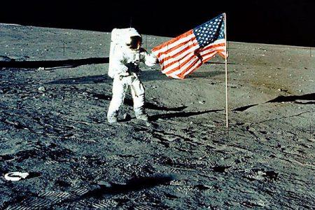 NASA aydan ayrıldı Mars'la çıkmaya başladı