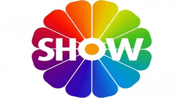 show_tv_izle_show_tv_canli_izle_12_eylul_2015_cumartesi_yayin_akisi_iliski_durumu_karisik_izle_h22915_8ec5b