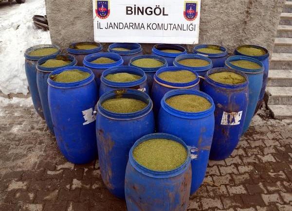 bingol-de-pkk-nin-832-kilo-esrari-ele-gecirildi-8113833_9645_m