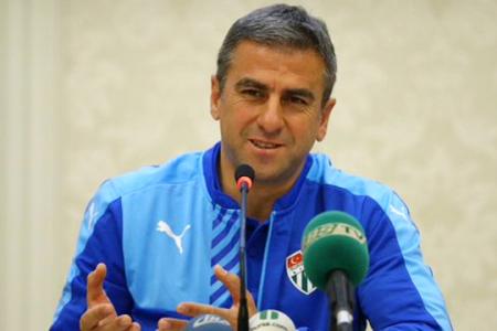 Hamza Hamzaoğlu : Bazı Futbolcular Provokatif Davrandı, Tebrik Etmiyorum
