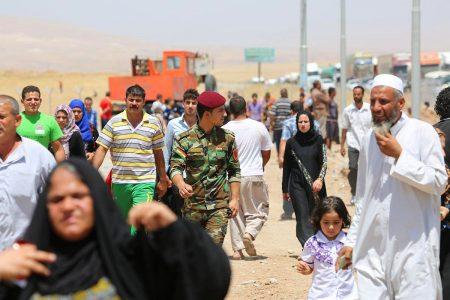 Türkmenler Kamplara Yerleştiriliyor