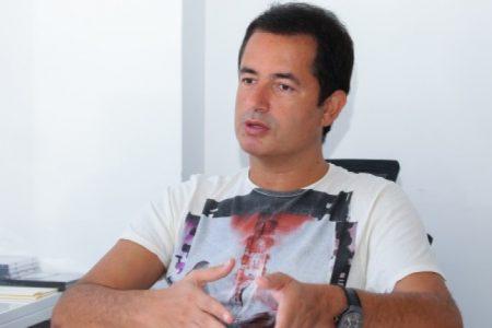 Yunanistan 'ı Karıştıran Adam Acun Komşuyu Fena Kızdırdı